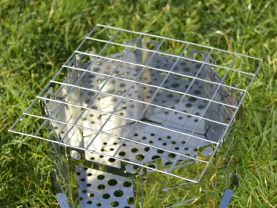 7 x 7 Hive Grill 2012